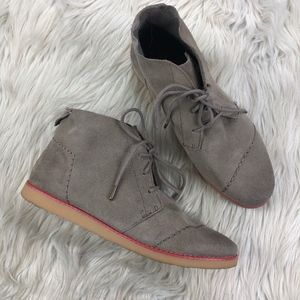 Toms Suede Mateo Chukka Boots Booties